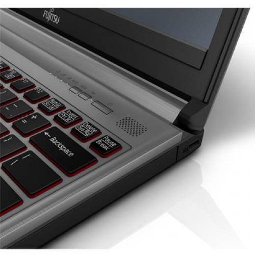Gebruikte Laptops Fujitsu Siemens E736